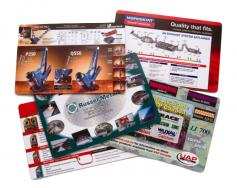 Sous-mains de bureau - 12 x 18 - Endos en caoutchouc - Impr. pleines couleurs - 4/0 - Vernis - FSC certifié