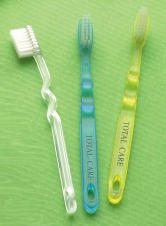 Children's Toothbrush w/ Wavy Handle