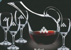 60 Oz. Medford Carafe with 4 Wine Glasses
