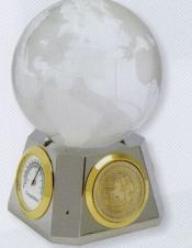 World Globe Weather Station w/ Silver Medallion