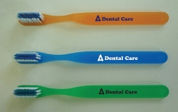 5-3/4 Youth Translucent Toothbrush